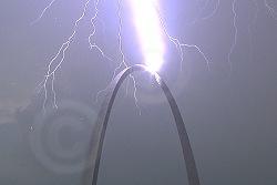 Lightning strikes the Gateway Arch