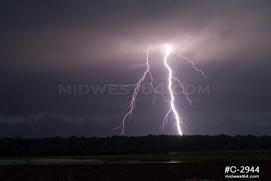 Vivid bolts in Arkansas
