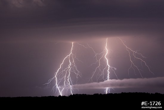 Lightning near Okawville, Illinois